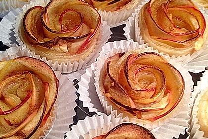Apfel-Zimt-Rosen mit Blätterteig 10