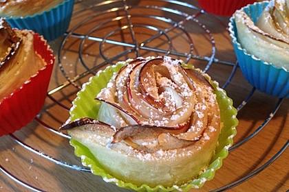 Apfel-Zimt-Rosen mit Blätterteig 32