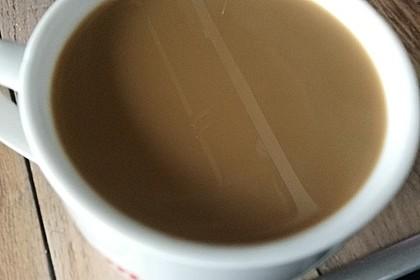 Eiskaffee aus frisch aufgebrühtem Kaffee