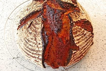 Roggen-Mischbrot mit Sauer- und Vorteig 1