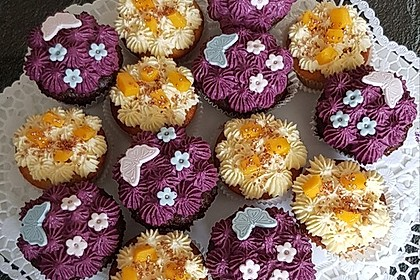 Heidelbeer-Mascarpone-Frosting für Cupcakes 4