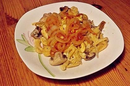 Champignon-Kräuter-Spätzle mit Honig-Röstzwiebeln 15