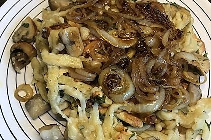 Champignon-Kräuter-Spätzle mit Honig-Röstzwiebeln 13