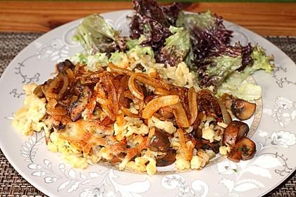Champignon-Kräuter-Spätzle mit Honig-Röstzwiebeln 1