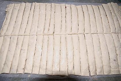 Zwiebel - Blätterteig - Stangen 44