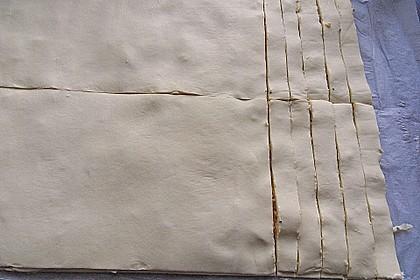 Zwiebel - Blätterteig - Stangen 35