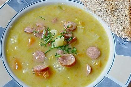 Gemüsesuppe mit Würstchen 3