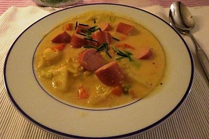 Gemüsesuppe mit Würstchen 4