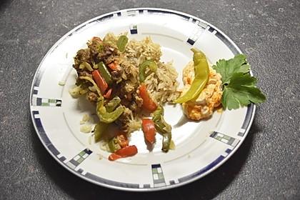 Curiosias Hackfleisch - Paprika - Reisauflauf aus dem Römertopf 4