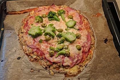 Zucchini-Thunfisch Pizza ohne Mehl 3