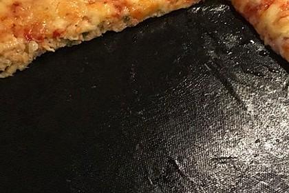 Zucchini-Thunfisch Pizza ohne Mehl 4