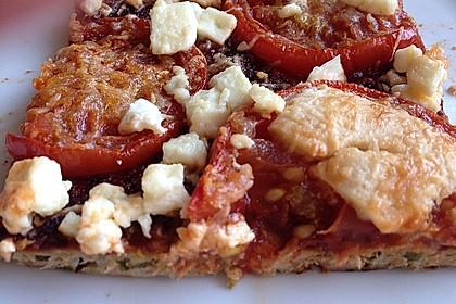 Zucchini-Thunfisch Pizza ohne Mehl