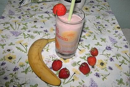 Erdbeer-Bananen-Smoothie mit Haferflocken und Joghurt 9