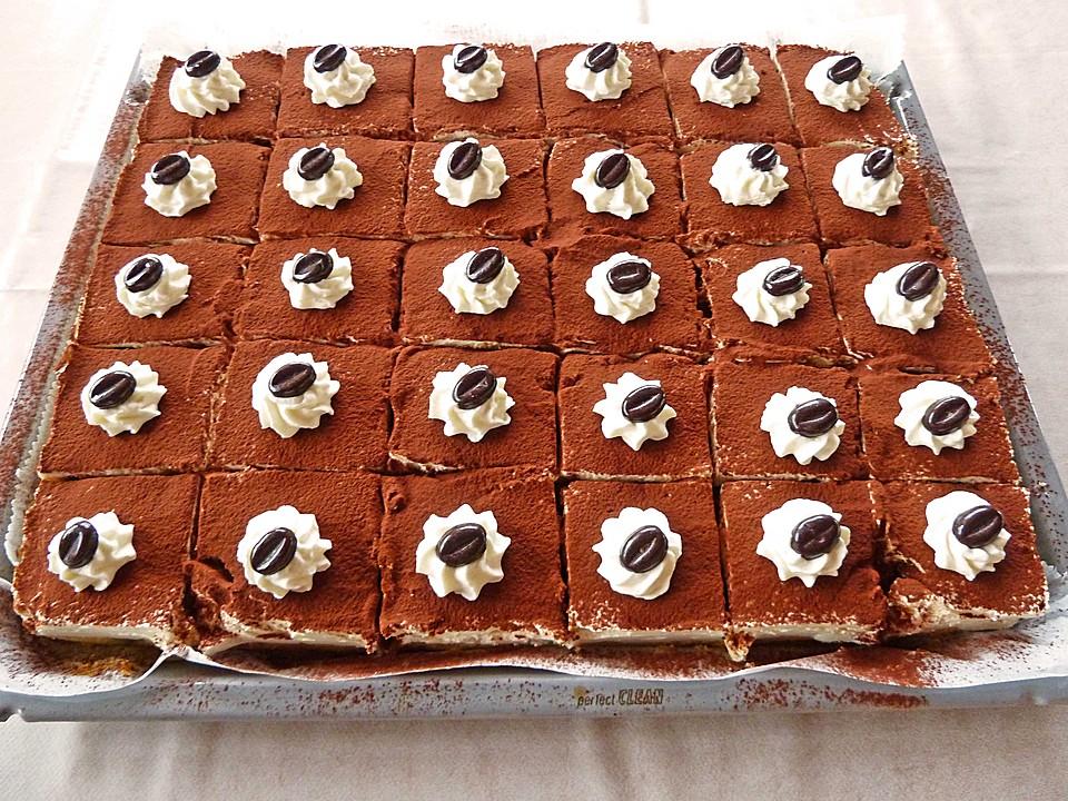 Tiramisu Kuchen Vom Blech Von Holunderbluete67 Chefkoch De