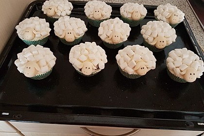 Cupcakes in Schaf-Form 3