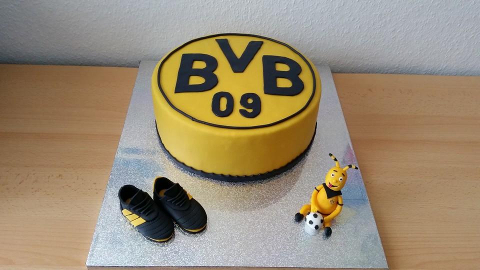 Bvb Torte Von Cinderella 91 Chefkoch