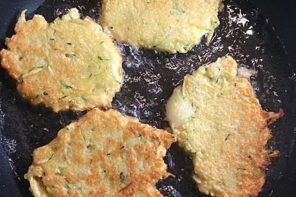 Zucchini-Kartoffelpuffer (Reibekuchen) 2