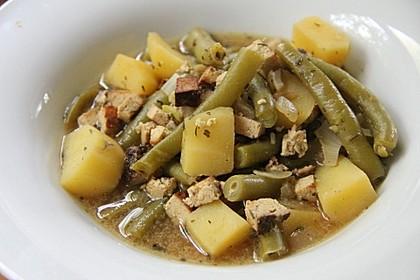 Omas Bohnen-Kartoffeleintopf mit Räuchertofu 2