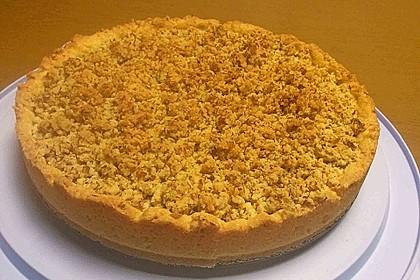 Zwetschgenmus-Kuchen mit Vanillepudding und feinen Streuseln
