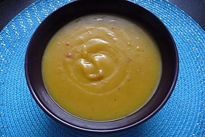 Butternuss-Kürbissuppe 3