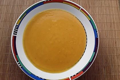 Butternuss-Kürbissuppe 5