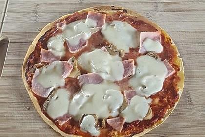 Tortilla-Pizza, besonders fettarm 4