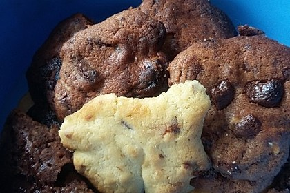 Double-Chocolate Chip Cookies 16