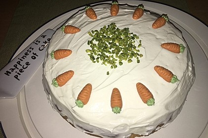 Karottenkuchen, Rüblikuchen oder Möhrenkuchen 312