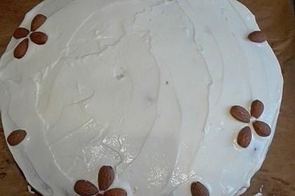 Karottenkuchen, Rüblikuchen oder Möhrenkuchen 234