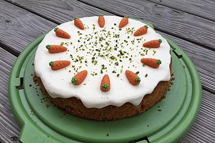 Karottenkuchen, Rüblikuchen oder Möhrenkuchen 9