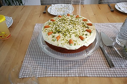 Karottenkuchen, Rüblikuchen oder Möhrenkuchen 48