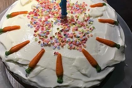 Karottenkuchen, Rüblikuchen oder Möhrenkuchen 261