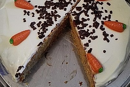 Karottenkuchen, Rüblikuchen oder Möhrenkuchen 348