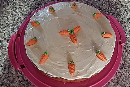 Karottenkuchen, Rüblikuchen oder Möhrenkuchen 371