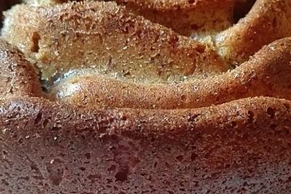 Karottenkuchen, Rüblikuchen oder Möhrenkuchen 373