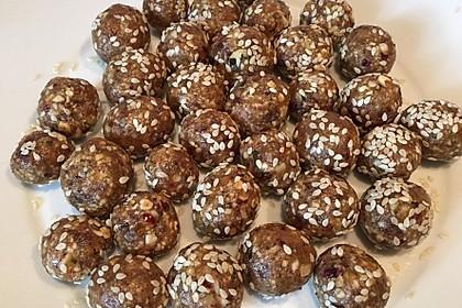 Raw Energy Balls 3