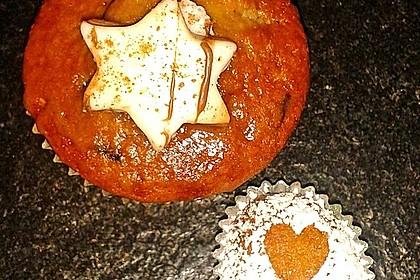 Saftige Lebkuchenmuffins mit Dominosteinfüllung