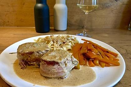Schweinefilet mit Gorgonzola-Weißwein-Sauce (Bild)