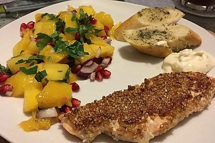 Lachs mit Sesamkruste und Mango-Granatapfel-Salat 2
