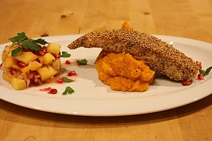Lachs mit Sesamkruste und Mango-Granatapfel-Salat 1