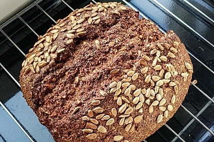 Low-Carb Brot mit Sonnenblumenkernen 33
