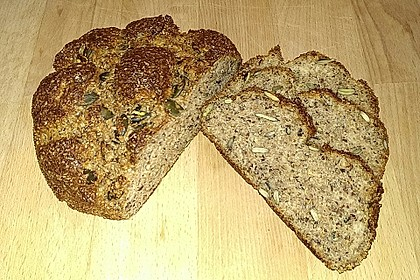 Low-Carb Brot mit Sonnenblumenkernen 9