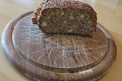 Low-Carb Brot mit Sonnenblumenkernen 36