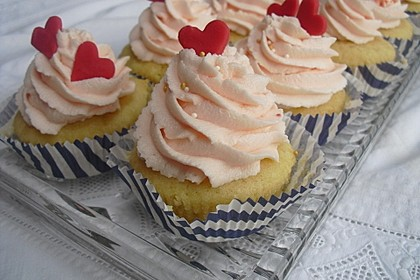 American Buttercream Frosting 7