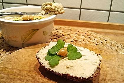 Hummus aus Kichererbsensprossen