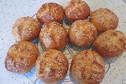 Dinkel-Malzbier-Brötchen 6