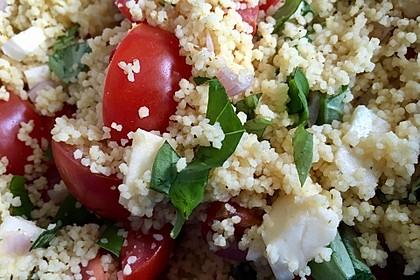 Couscous - Salat mit Tomaten & Mozarella 3