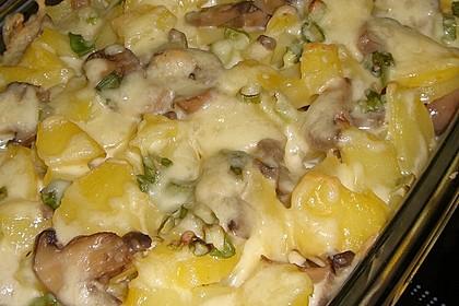 Schnelles saftiges Kartoffel - Pilz - Gratin
