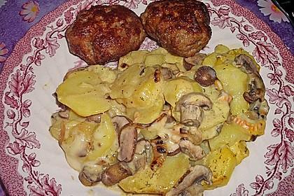 Schnelles saftiges Kartoffel - Pilz - Gratin 5