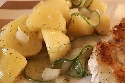 Bayrischer Kartoffelsalat mit Gurke 9